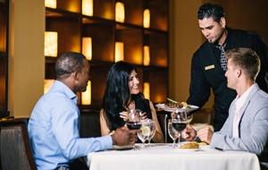Rosen Plaza Hotel Orlando - Magical Dining at Jack's Place Restaurant