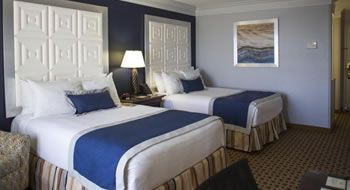 Double Queen Accommodations - Two Guestbeds